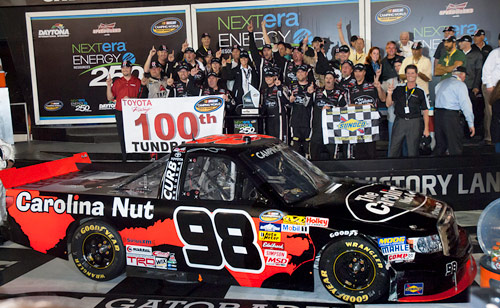 2013-Sauter-in-victory-lane_500w