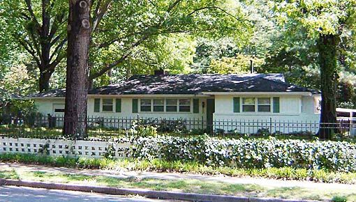 HISTORIC FIRST HOME OF ELVIS, 02
