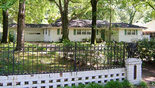 HISTORIC FIRST HOME OF ELVIS, 03