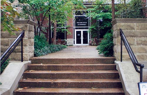 Curb Center at Vanderbilt 4