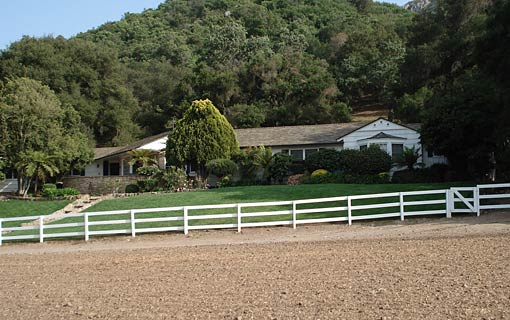 Historic Curb Family Ranch 001